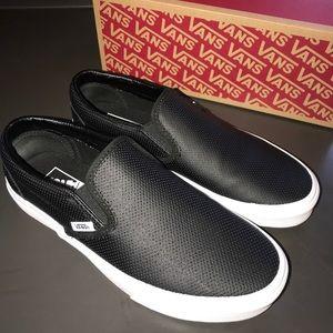 Perf leather slip on black vans